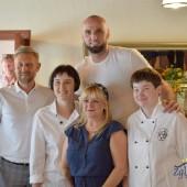 Marcin Gortat, Przemysław Staniszewski, przedstawiciele Cafe & Bistro u Tkaczy