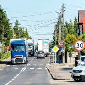 Wzmożony ruch samochodów ciężarowych na ul. Przemysłowej (Rudunki)