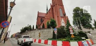 Mur wokół kościoła