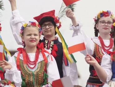 Zespół Pieśni i Tańca Ludowego RUDOMIANKA - Witaj majowa jutrzenko